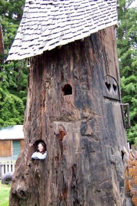 [Mel in tree house]